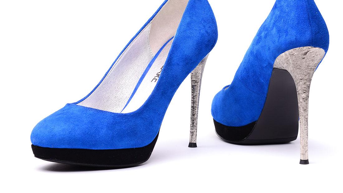 Shoes_1100px_01